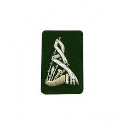 Green Bagpipe Embroidered Badge - Silver Bullion Wire